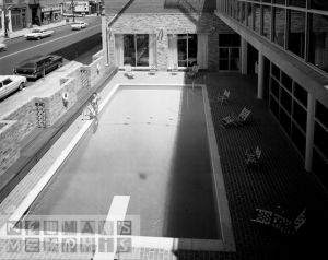 dn-71371-HotelChiscaPool_8x